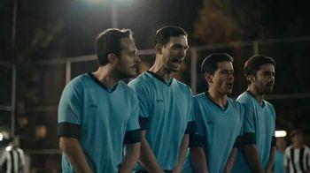 Corona Familiar TV Spot, 'Amigos' [Spanish] - Thumbnail 8