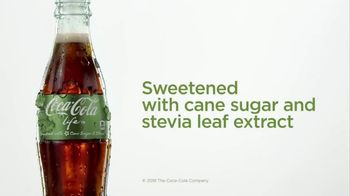 Coca-Cola Life TV Spot, 'Refreshing Twist' - Thumbnail 8