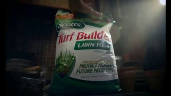 Scotts Turf Builder TV Spot, 'Pete's Secret Weapon'