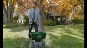 Scotts Turf Builder TV Spot, 'Get a Yard Like Pete's: Turf Builder Program' - Thumbnail 8