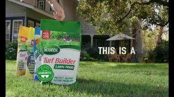 Scotts Turf Builder TV Spot, 'Get a Yard Like Pete's: Turf Builder Program' - Thumbnail 9
