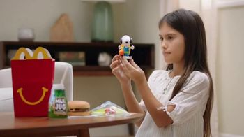 McDonald's Happy Meal TV Spot, 'Snoopy' - Thumbnail 9