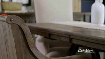 Ashley HomeStore Spring Into Style Sale TV Spot, 'Hurry In and Save' - Thumbnail 3