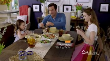 Ashley HomeStore Spring Into Style Sale TV Spot, 'Hurry In and Save' - Thumbnail 4