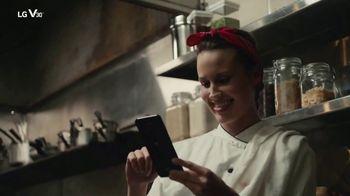 LG V30 TV Spot, 'I Promise: $300 Trade-In' Song by Molly Kate Kestner - Thumbnail 7