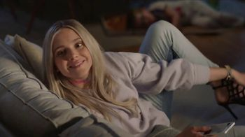 T-Mobile TV Spot, 'Babysitter: 4 Lines Unlimited' Song by Noah Cyrus - Thumbnail 5