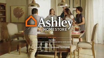 Ashley HomeStore Anniversary Sale TV Spot, 'No Interest' - Thumbnail 7