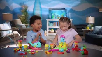 Play-Doh TV Spot, 'Cranky the Octopus & Wavy the Whale' - Thumbnail 3