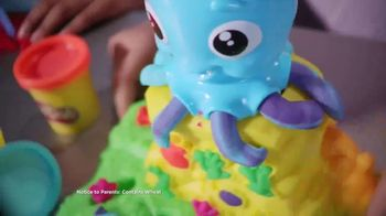 Play-Doh TV Spot, 'Cranky the Octopus & Wavy the Whale' - Thumbnail 4