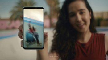 LG V30 TV Spot, 'I Promise' Song by Molly Kate Kestner - Thumbnail 2