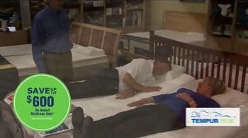Relax the Back TV Spot, 'The Best Time to Choose a Mattress' - Thumbnail 5