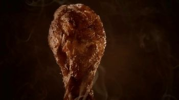 Hooters Smoked Wings TV Spot, 'Girl Shock' - Thumbnail 1