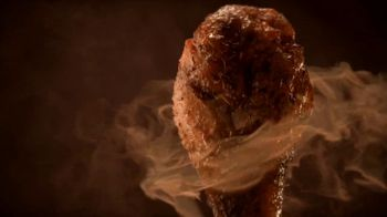 Hooters Smoked Wings TV Spot, 'Girl Shock' - Thumbnail 3