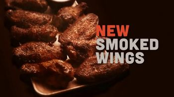 Hooters Smoked Wings TV Spot, 'Girl Shock' - Thumbnail 7