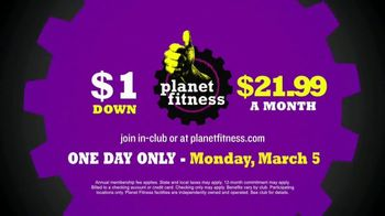 Planet Fitness PF Black Card TV Spot, 'All This' - Thumbnail 8