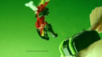 Ben 10 Omni-Launch Battle Figures TV Spot, 'Transform in Midair' - Thumbnail 2