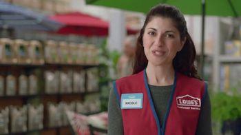 Lowe's TV Spot, 'Backyard Moment: Pennington Smart Seed' - Thumbnail 7