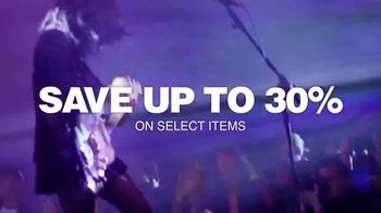 Guitar Center Presidents Day Weekend Sale TV Spot, 'L.A. Witch' - Thumbnail 8