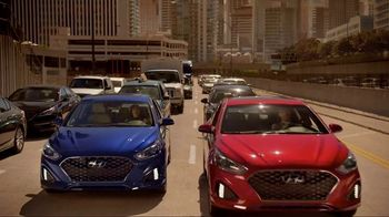 Hyundai Sonata TV Spot, 'Duet' Song by Neil Diamond [T1] - Thumbnail 9