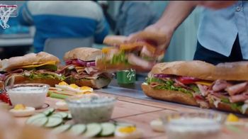 Coca-Cola TV Spot, 'Food Feuds: Tailgate' - Thumbnail 3