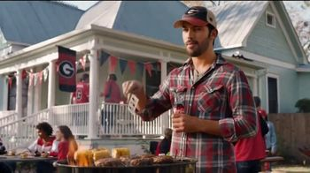 Coca-Cola TV Spot, 'Food Feuds: Tailgate' - Thumbnail 5