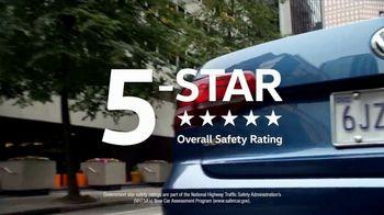 Volkswagen Presidents Day TV Spot, 'Bear' Song by Grouplove [T2] - Thumbnail 7