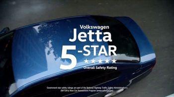 Volkswagen Presidents Day TV Spot, 'Bear' Song by Grouplove [T2] - Thumbnail 8