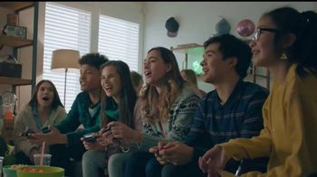 Nintendo Switch TV Spot, 'Anytime, Anywhere: Snow Day' Song by Go Girls - Thumbnail 8