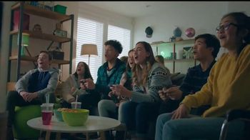 Nintendo Switch TV Spot, 'Anytime, Anywhere: Snow Day' Song by Go Girls - Thumbnail 9