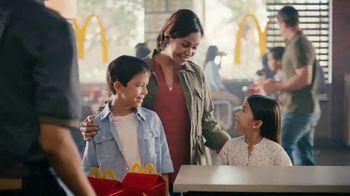 McDonald's Happy Meal TV Spot, 'Peter Rabbit y sus amigos' [Spanish] - Thumbnail 2