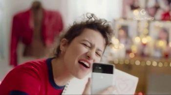 Google Pixel 2 TV Spot, 'Love Your Way' Feat. Ilana Glazer, Abbi Jacobson - Thumbnail 5