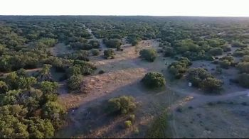 Whitetail Properties TV Spot, 'London Oaks Ranch' - Thumbnail 4