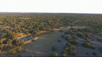 Whitetail Properties TV Spot, 'London Oaks Ranch' - Thumbnail 5