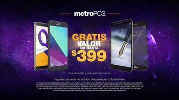 MetroPCS El Mejor Evento de Teléfonos Gratis TV Spot, 'Foto' [Spanish] - Thumbnail 7
