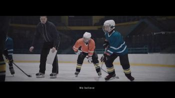 Alibaba.com TV Spot, 'To the Greatness of Small' Song by Tomer Biran - Thumbnail 5