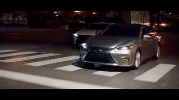 Lexus Special Presidents' Day Offer TV Spot, 'Amazing Machine: 2018 ES' [T2] - Thumbnail 8