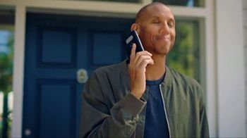 State Farm TV Spot, 'NBA: Getting Older' Feat. Reggie Miller, Oscar Nunez - Thumbnail 4