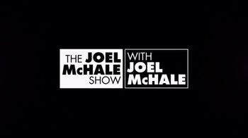 Netflix TV Spot, 'The Joel McHale Show' - Thumbnail 9