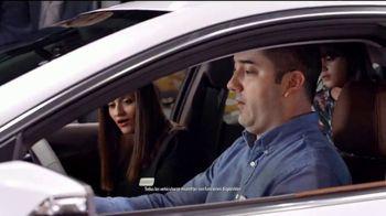 2018 Chevrolet Silverado 1500 TV Spot, 'El auto show' [Spanish] [T2] - Thumbnail 3