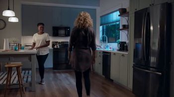 GE Appliances TV Spot, 'Special Delivery' - Thumbnail 4
