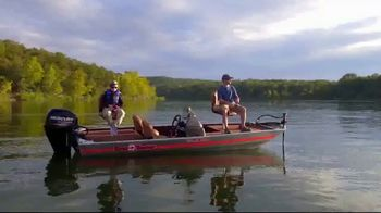 Bass Pro Shops 2018 Spring Fishing Classic TV Spot, 'Boats and Gift Cards' - Thumbnail 4