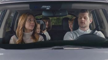 Mitsubishi Outlander TV Spot, 'Separated at Birth'