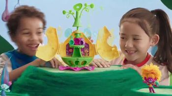 Dreamworks Trolls Camp Critter Playset TV Spot, 'The Party is Non-Stop' - Thumbnail 3