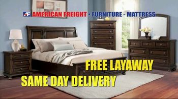 American Freight Tax Time Blowout TV Spot, 'Sectionals and Mattresses' - Thumbnail 7