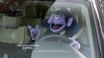 Chrysler Presidents' Day Event TV Spot, 'Trash Talk' [T2] - Thumbnail 6