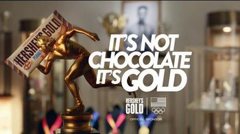 Hershey's Gold TV Spot, 'Trophy Case' Featuring Apolo Ohno - Thumbnail 9