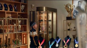 Hershey's Gold TV Spot, 'Trophy Case' Featuring Apolo Ohno - Thumbnail 2