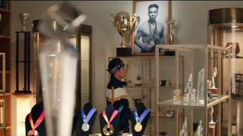 Hershey's Gold TV Spot, 'Trophy Case' Featuring Apolo Ohno - Thumbnail 3