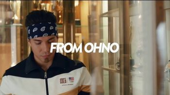 Hershey's Gold TV Spot, 'Trophy Case' Featuring Apolo Ohno