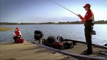 Bass Pro Shops 2018 Spring Fishing Classic TV Spot, 'Boxes and Vests' - Thumbnail 3